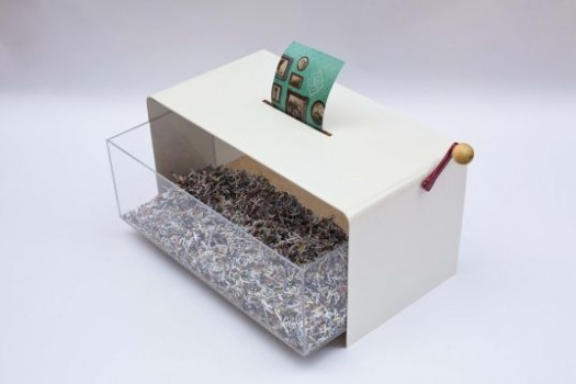 Coffee-Table-Doubles-Up-As-Paper-Shredder-3-525x350